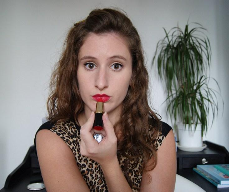 Le Rouge à lèvre en teinte Pivoine de Jean D'Estrées. Une très belle découverte grâce à Birchbox !!! MERCIII