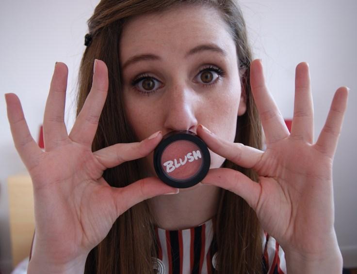 On passe au blush, Peach Bellini de ModelCo reçu dans la box du mois d'Août 2014.